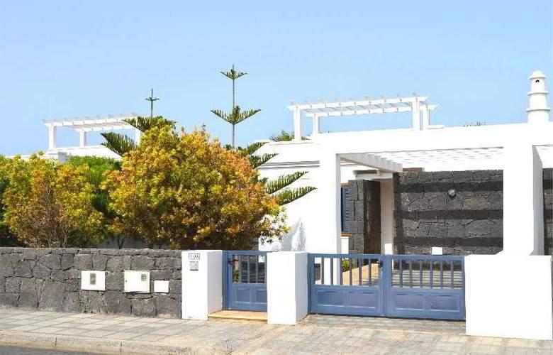 Sun Grove Villas - Hotel - 10