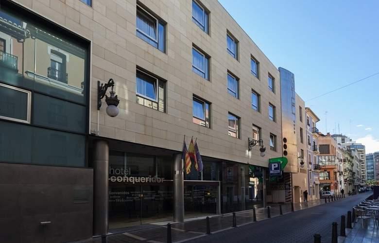 Conqueridor - Hotel - 0