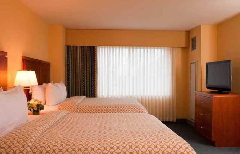 Embassy Suites Boston Logan Airport - Hotel - 10