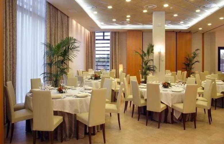 Las Artes - Restaurant - 6