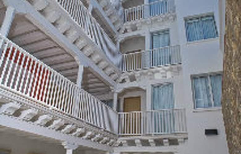 Delirio Hotel - Restaurant - 8