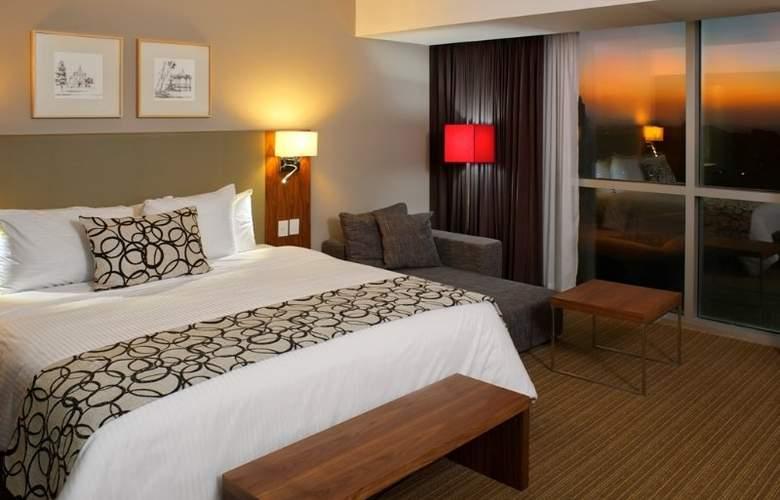 Casa Inn Queretaro - Room - 9