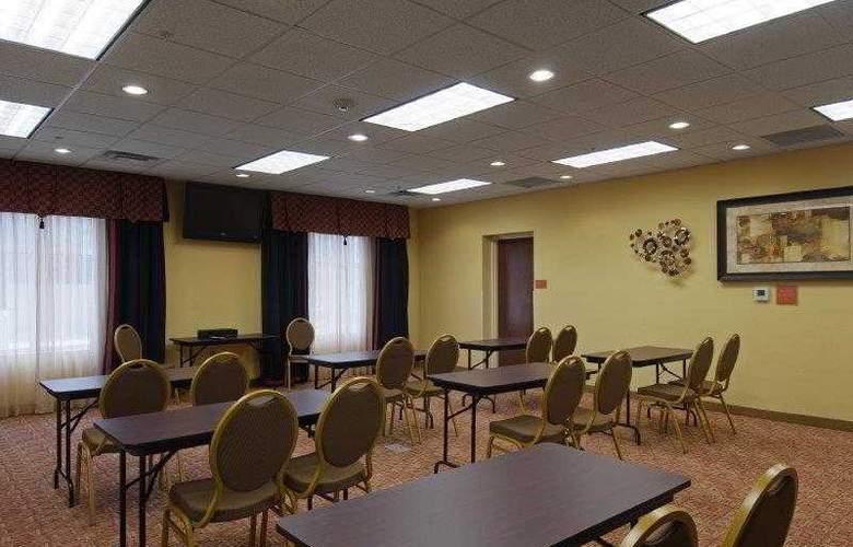 Best Western Plus Cecil Field Inn & Suites - Hotel - 23