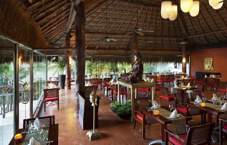 El Dorado Casitas Royale - Restaurant - 19