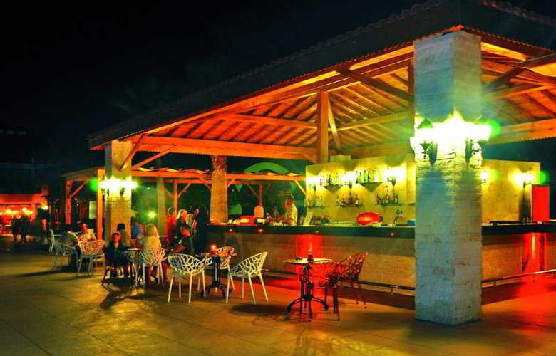 Club Hotel Nena - Bar - 13