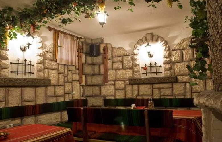 Ikonomov Spa - Restaurant - 4