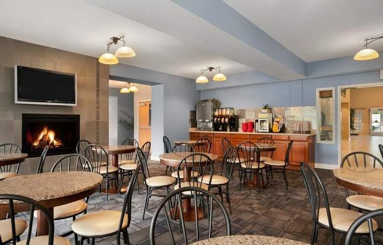 Best Western Plus Peppertree Auburn Inn - Restaurant - 90