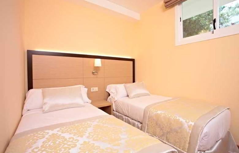 Zafiro Tropic - Room - 15