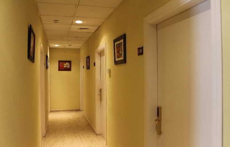 Barajas Plaza - Hotel - 8