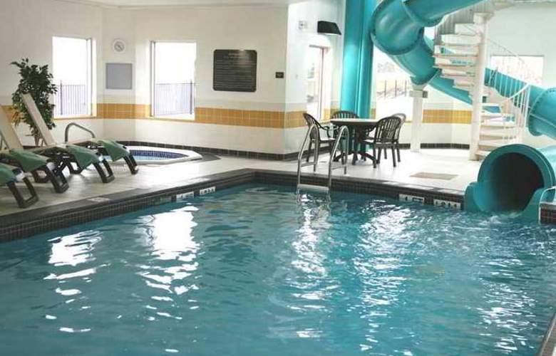Hampton Inn Hotel & Suites - Hotel - 5