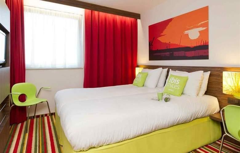 ibis Styles Zeebrugge - Room - 9