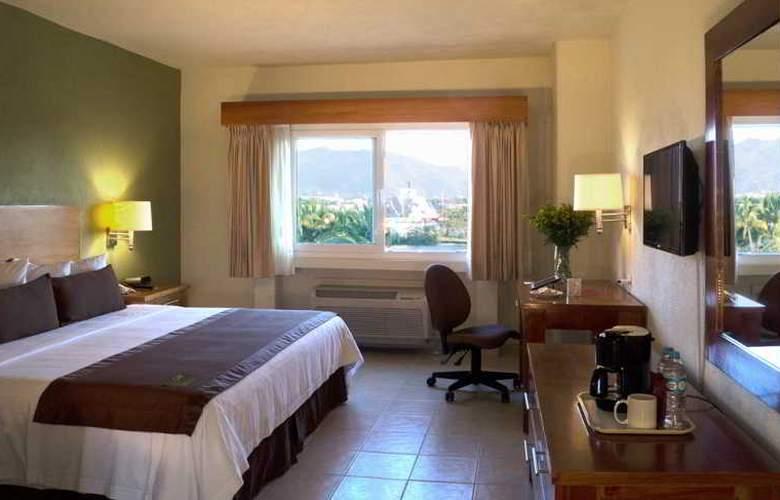 Comfort  Inn Puerto Vallarta - Room - 15