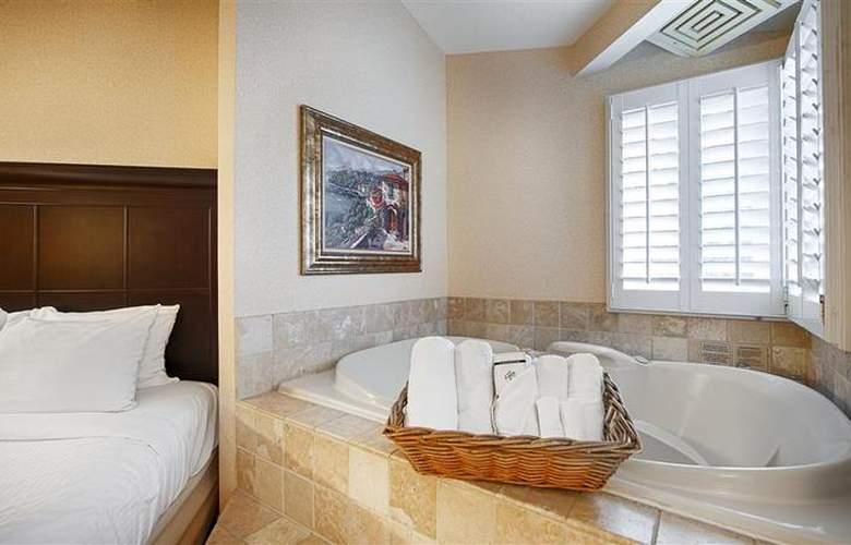 Best Western Plus Laguna Brisas Spa Hotel - Pool - 43