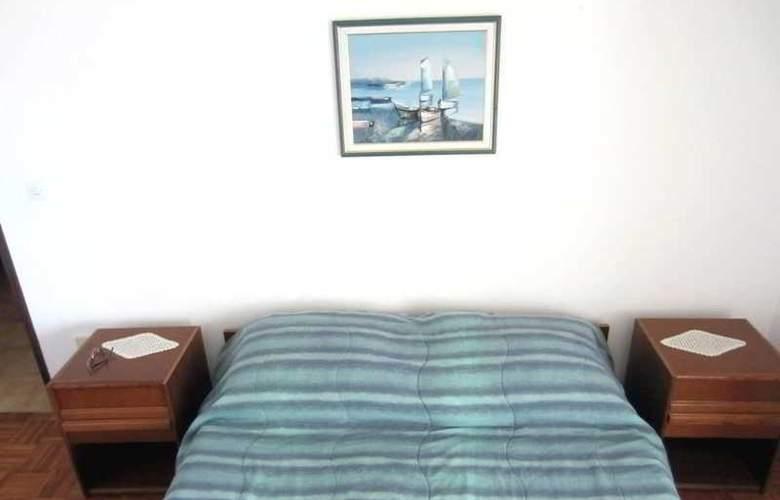 Baresic Apartmani - Room - 6