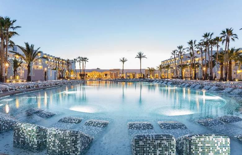 Grand Palladium White Island Resort & Spa - Pool - 23