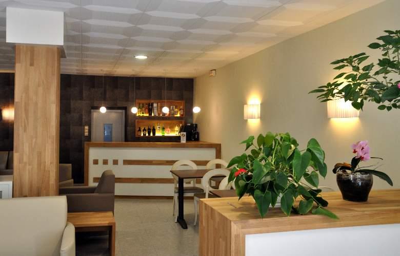 Hotel Catalunya - Hotel - 2