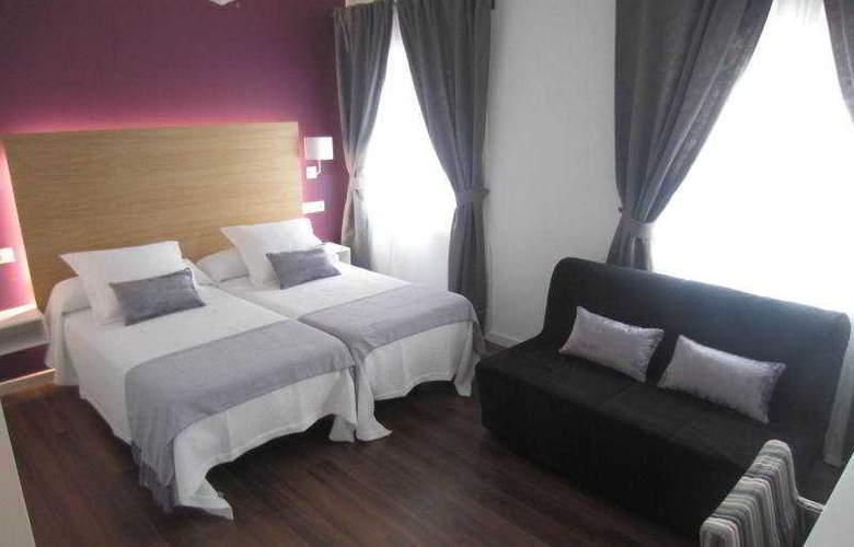 Hotel LLorca - Room - 1