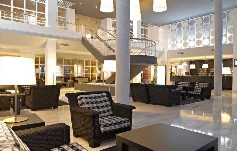 Protur Vista Badia - Hotel - 0