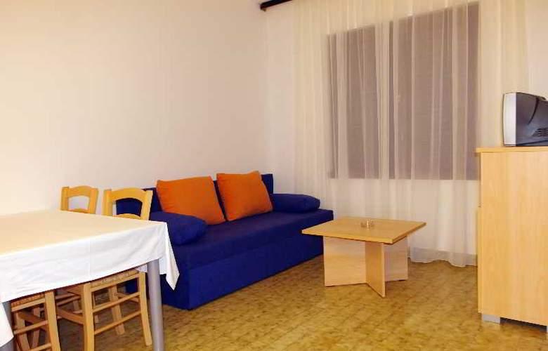 Apartmani Medena - Room - 9