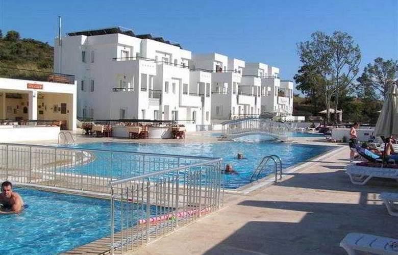 Club Pedelisa Apart - Pool - 5