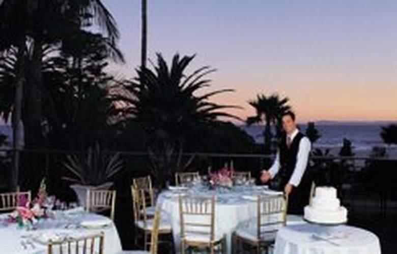 Santa Barbara Inn - Terrace - 2
