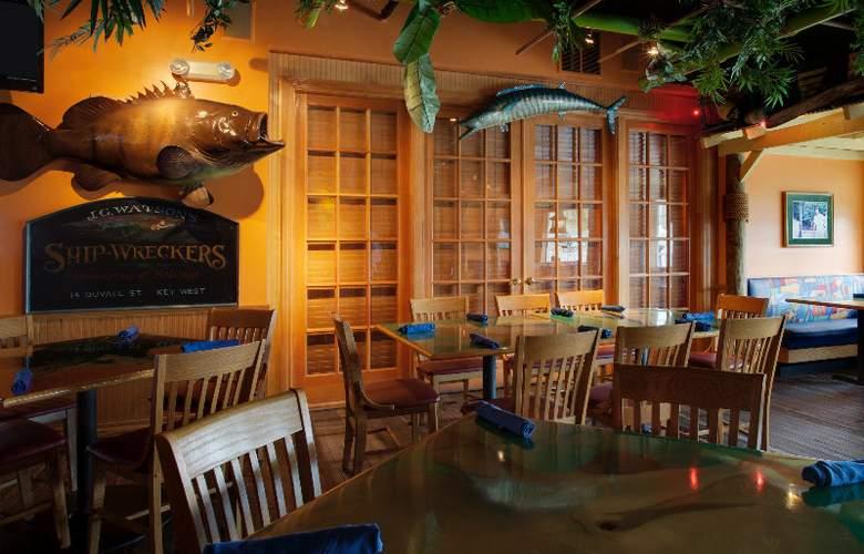 Holiday Inn Hotel & Suites Harbourside - Restaurant - 4