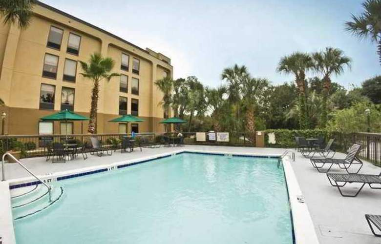 Hampton Inn Charleston- Mt. Pleasant-Patriots P - Hotel - 3