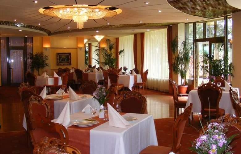 Best Western Silva - Restaurant - 18