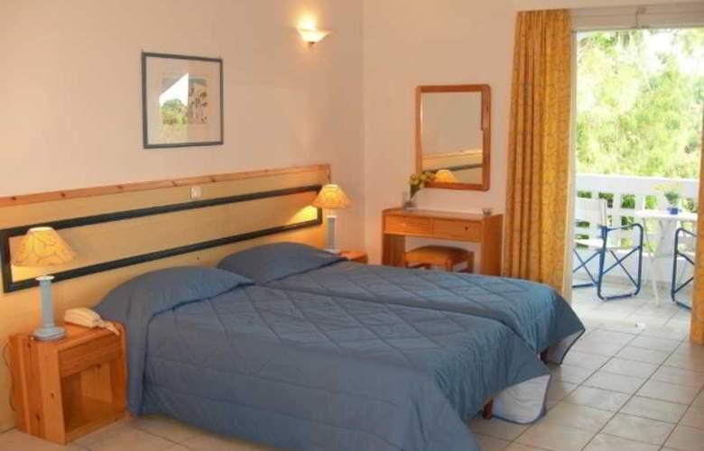 Daphne´s Club Hotel Apartments - Room - 11