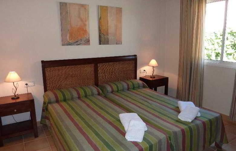 Villas Menorca Sur - Room - 3