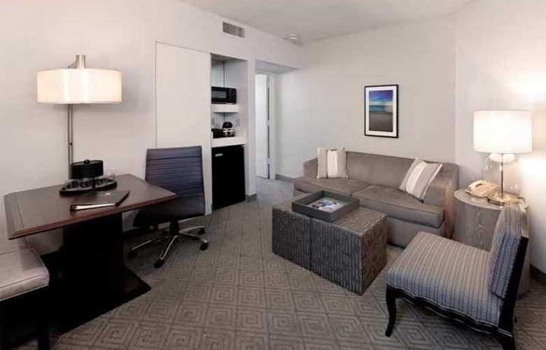 Embassy Suites Boca Raton - Hotel - 8
