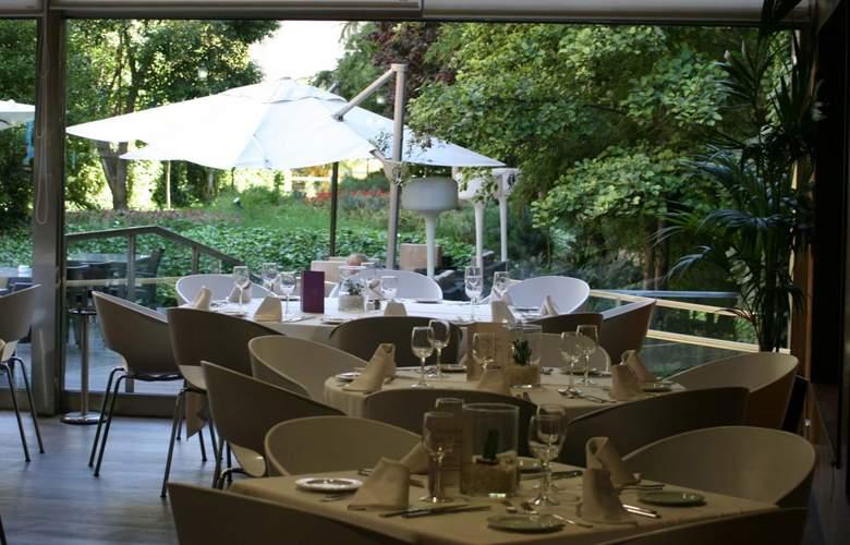 Ayre Gran Hotel Colon - Terrace - 17