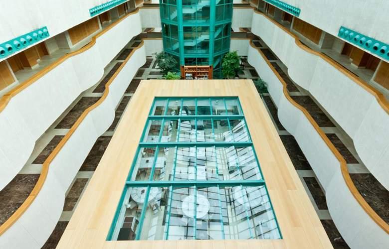 Exe Gran Hotel Almenar - Hotel - 4