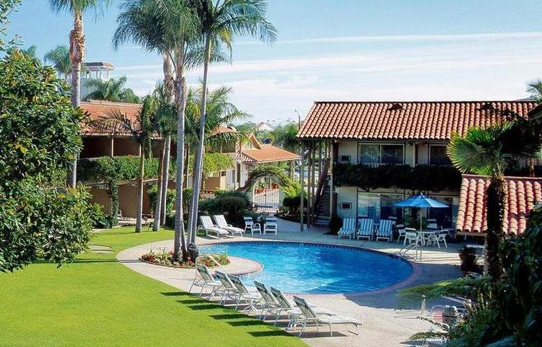 Best Western Plus Pepper Tree Inn - Pool - 41
