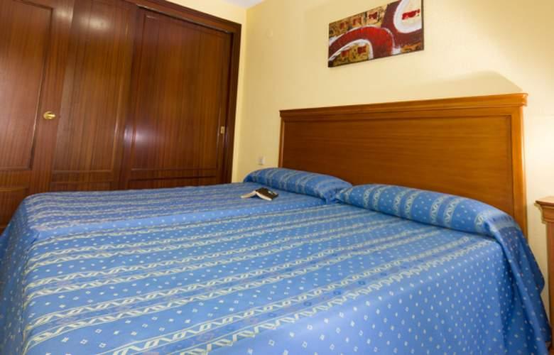 Varios Apartamentos Beninter - Room - 1