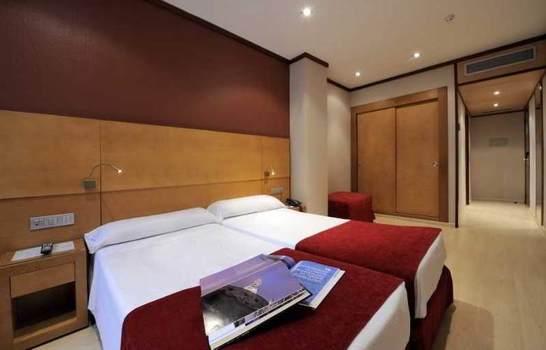 Reding - Room - 7