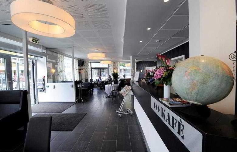 Best Western Globus Hotel - General - 1