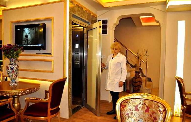 Aquarium Hotel Istanbul - Bar - 11