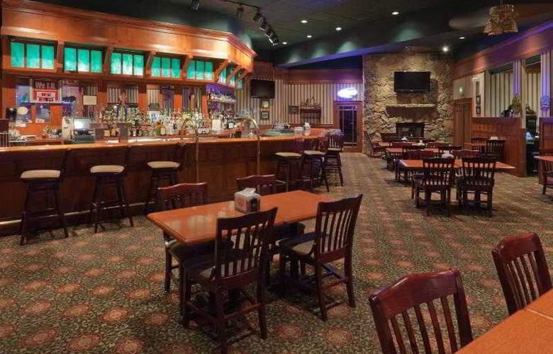 Holiday Inn West Yellowstone - Bar - 21
