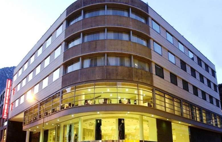 Centric Atiram - Hotel - 12