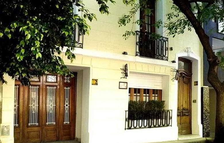 Livian Guest House - Hotel - 0