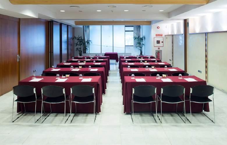 Catalonia Barcelona 505  - Conference - 5