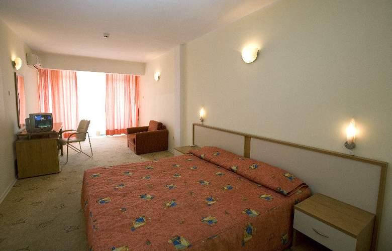 Largo - Room - 1
