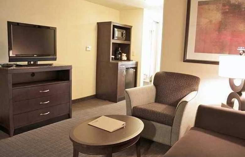 Hilton Garden Inn Lynchburg - Hotel - 9