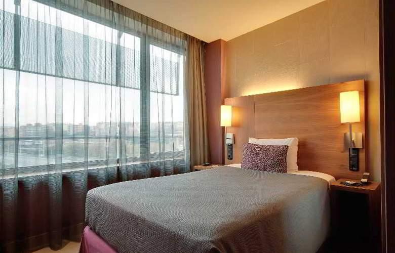 Rafael Hoteles Badalona - Room - 27