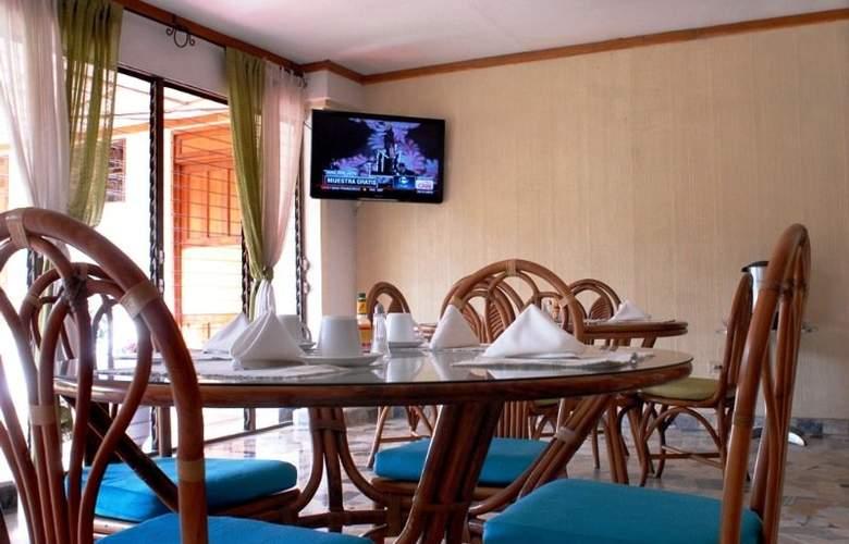 Santa Elena - Hotel - 3