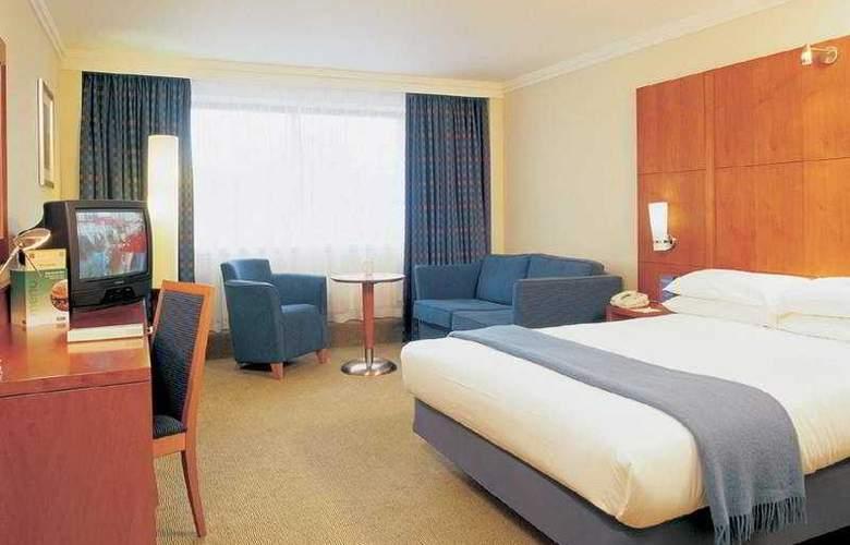 Holiday Inn Lancaster - Room - 0