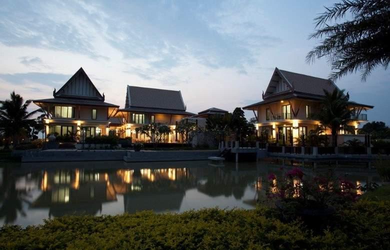 Manathai Villas Sylvia Pattaya - Hotel - 0