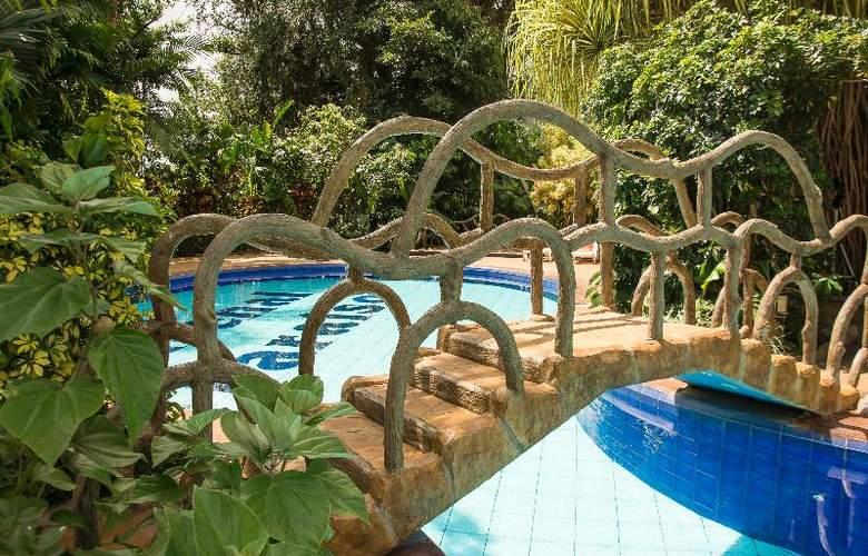 Arenal Paraiso Resort & Spa - Pool - 33