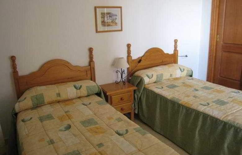 Torres Gemelas - Room - 9